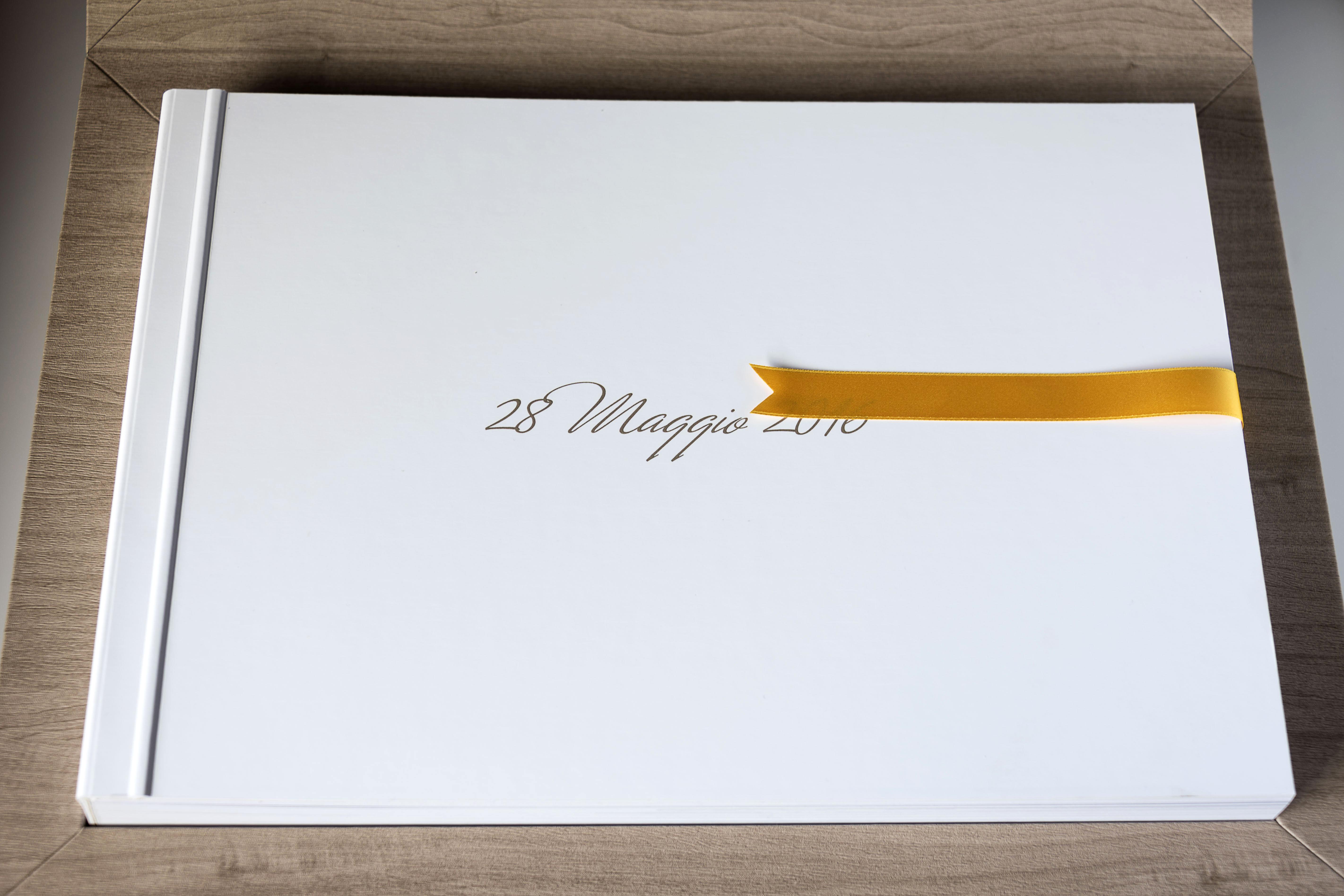 Album di matrimonio - fotografo di matrimonio a Morbegno, Sondrio, Milano, Lago di Como e Swizzera