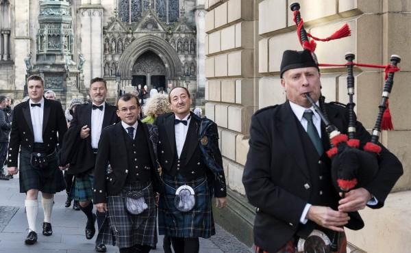 Matrimonio ad Edimburgo, in Scozia. Matrimonio gay. Matrimonio samesex. Edinburgh wedding. Gay wedding.